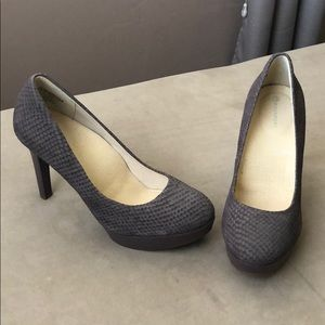 Rockport Snakeskin Plum Pumps